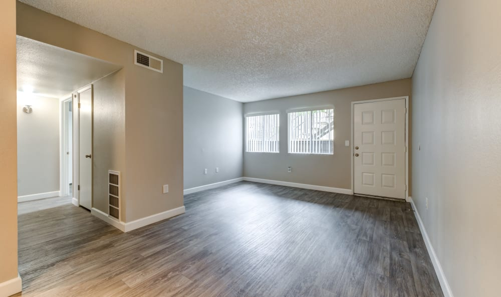 Living room and entry at Country Hills Apartment Homes in Corona, CA