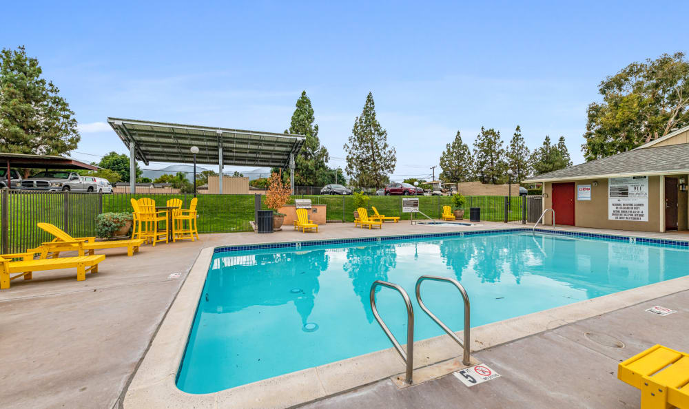 Outdoor pool at Country Hills Apartment Homes in Corona, CA
