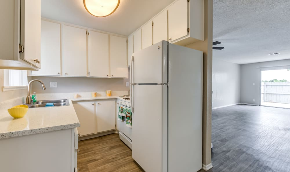 Kitchen at Woodlands West Apartment Homes in Lancaster, California