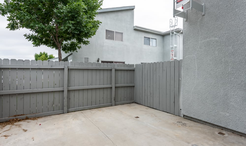 Woodlands West Apartment Homes in Lancaster, California offers a backyard