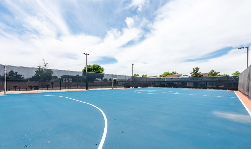 Tennis Court at Woodlands West Apartment Homes in Lancaster, California