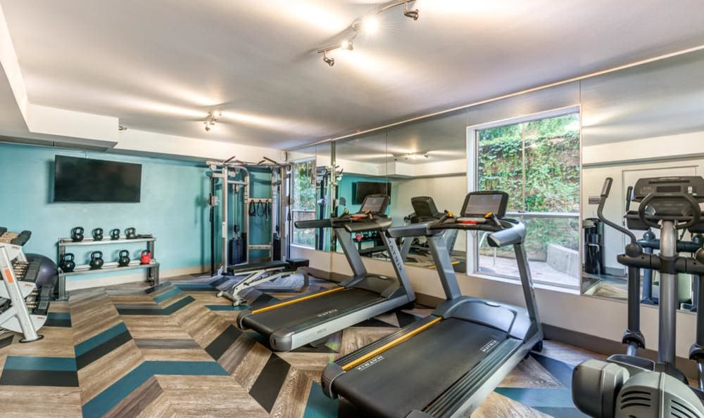 Beautiful fitness center at Madison Hancock Park in Los Angeles, CA