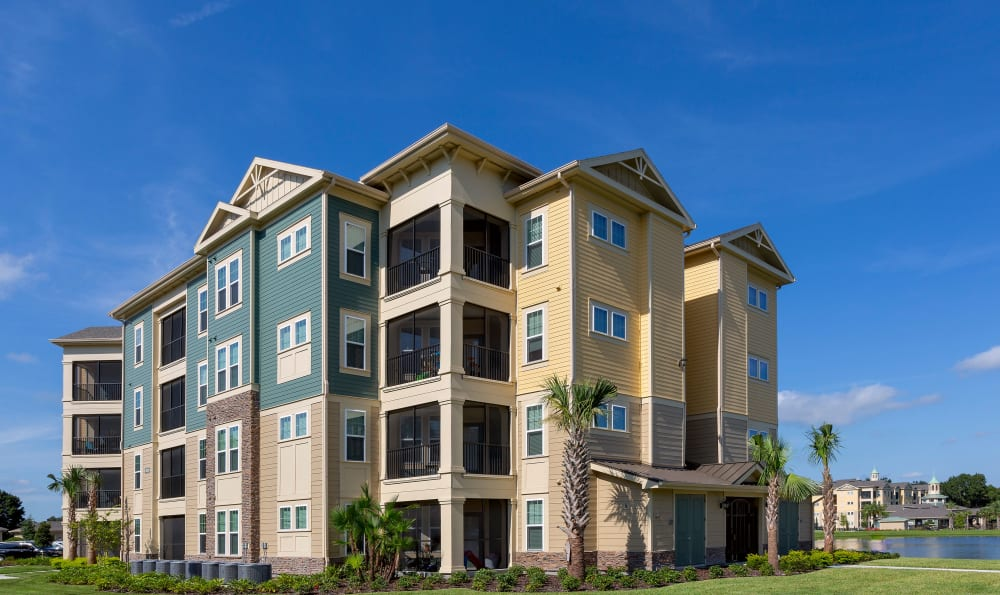 Exterior view of Integra 360 Apartment Homes apartments in Winter Springs, Florida