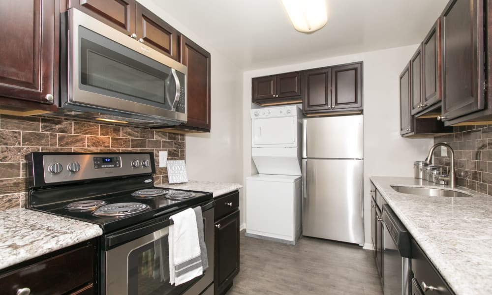 Beautiful kitchen at Skylark Pointe Apartment Homes in Parkville, Maryland