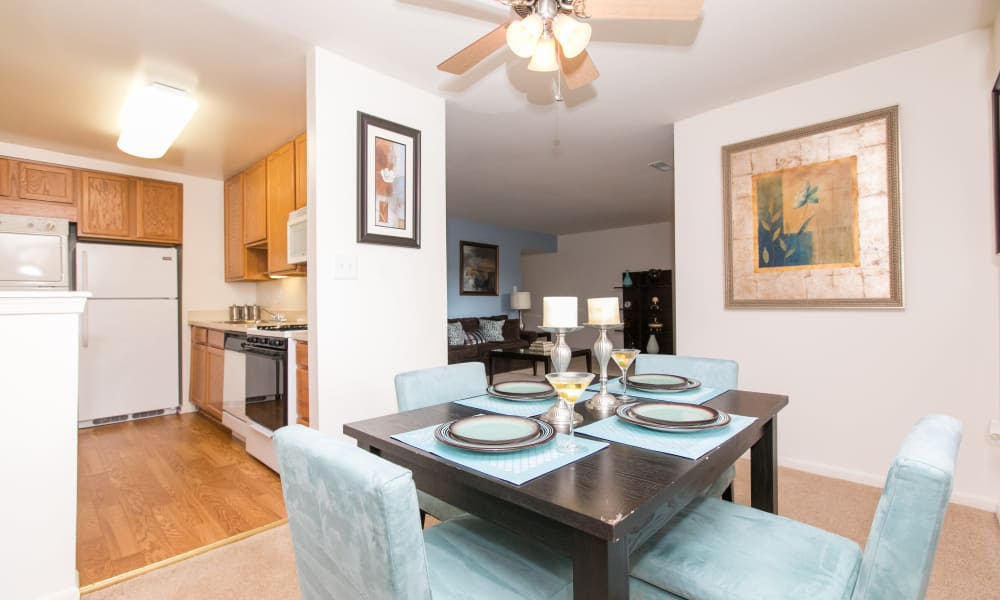 Dining room at Skylark Pointe Apartment Homes in Parkville, Maryland