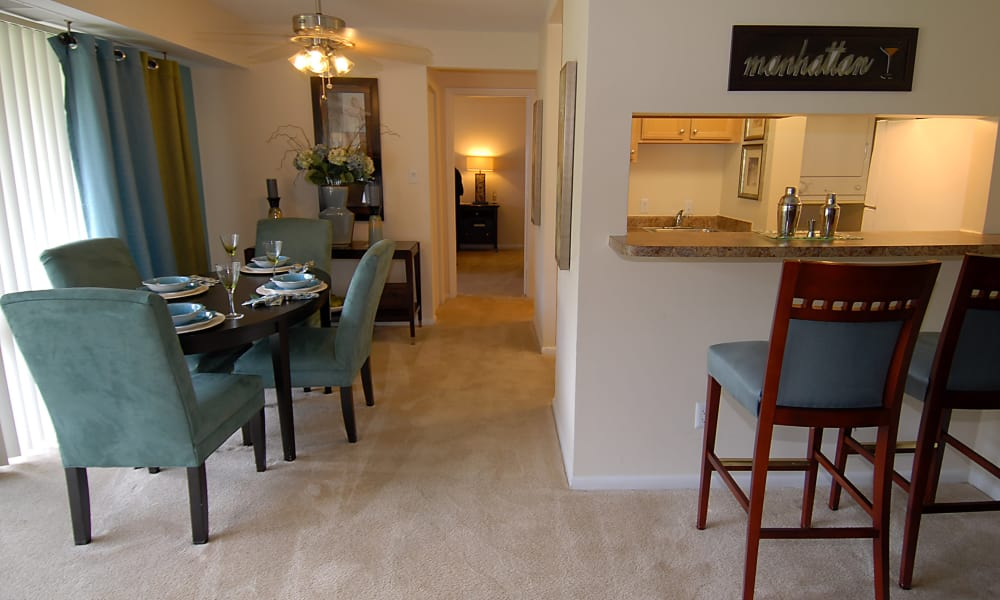 Harbor Place Apartment Homes offers a dining room in Fort Washington, Maryland