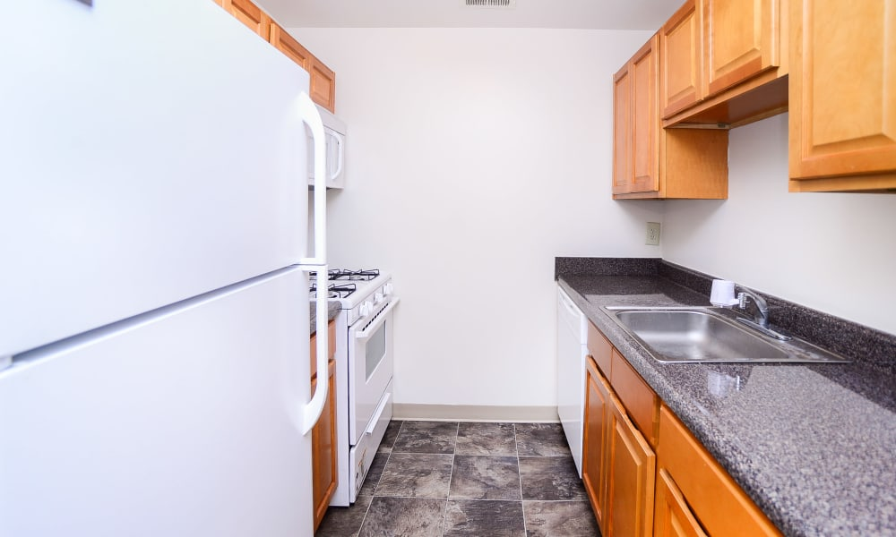 Cranbury Crossing Apartment Homes offers a unique kitchen in East Brunswick, New Jersey