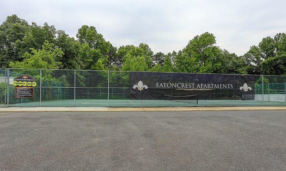 Eatoncrest Apartment Homes offers a tennis court in Eatontown, New Jersey