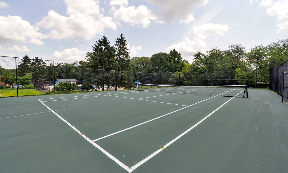 Roberts Mill Apartments & Townhomes offers a tennis court in Maple Shade, New Jersey