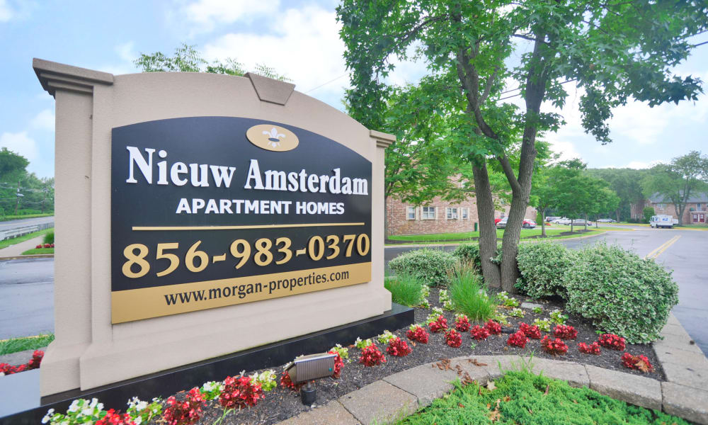 Entrance signage at Nieuw Amsterdam Apartment Homes in Marlton, NJ