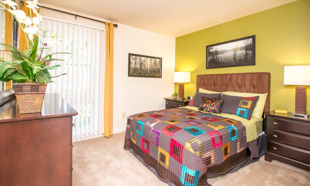 Enjoy apartments with a bedroom at Monarch Crossing Apartment Homes