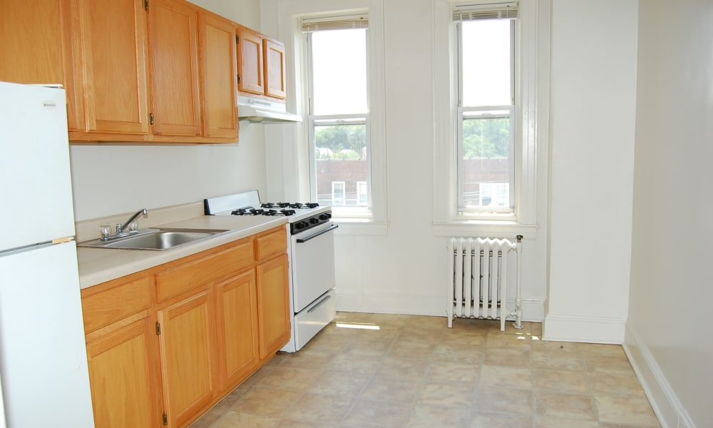 Berkeley Arms Apartment Homes offers a beautiful kitchen in Rutherford, New Jersey
