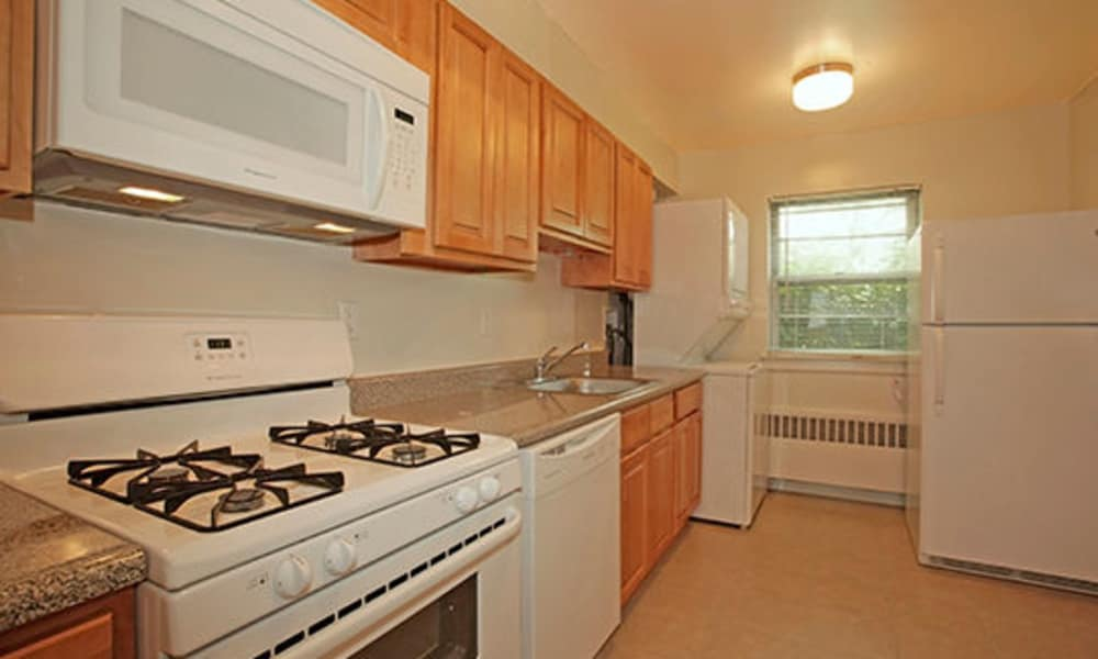 Spacious kitchen at Duncan Hill Apartments & Townhomes in Westfield, New Jersey
