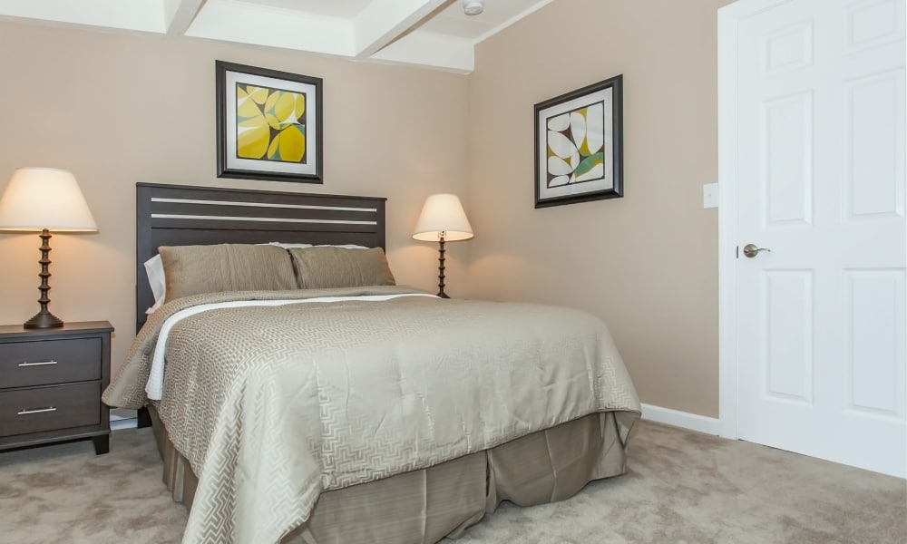 Bedroom decor featured at Mariners Cove Apartment Homes in Toms River, NJ