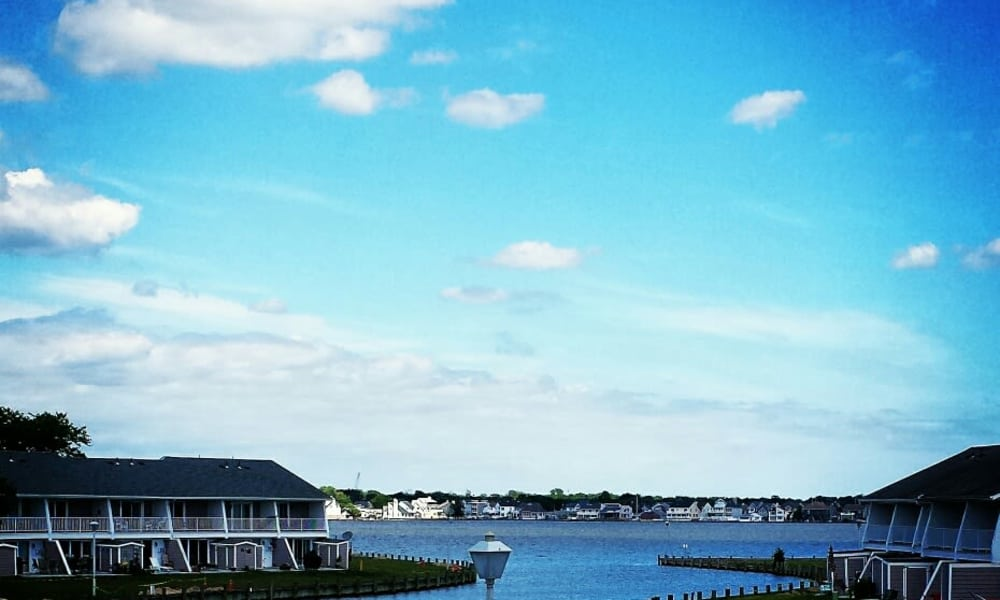 A nice view of the cove at Mariners Cove Apartment Homes in Toms River, NJ