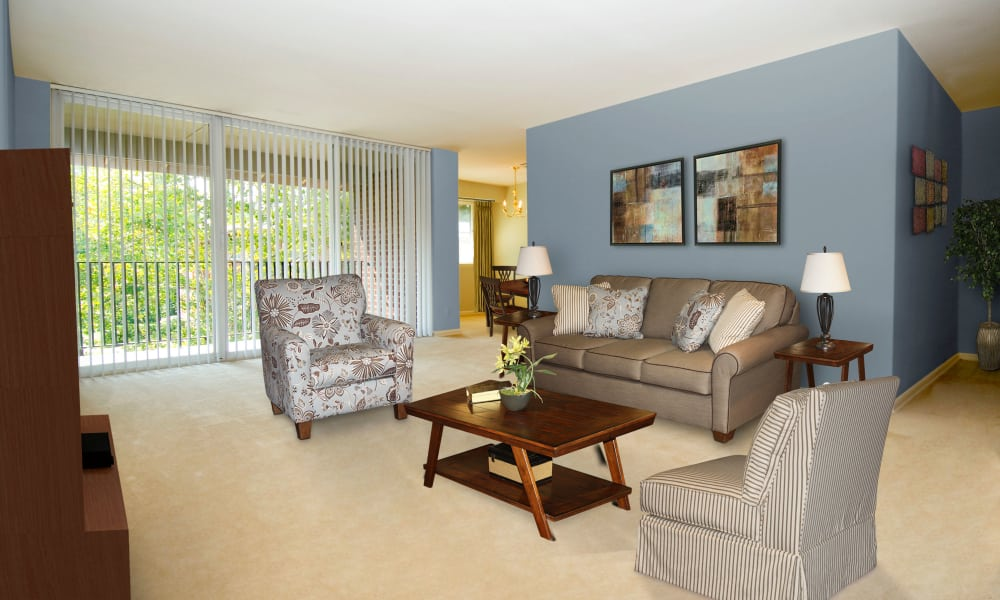 Willow Run at Mark Center Apartment Homes offers a naturally well-lit living room in Alexandria, VA