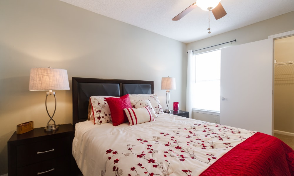 Enjoy a cozy bedroom at Castlegate Commons Apartments in Bonaire