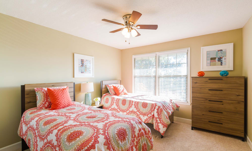 Dwell on Riverside offers a cozy bedroom in Macon, GA
