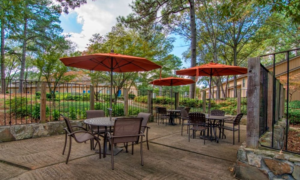 Seating area at The Springs in Smyrna, GA