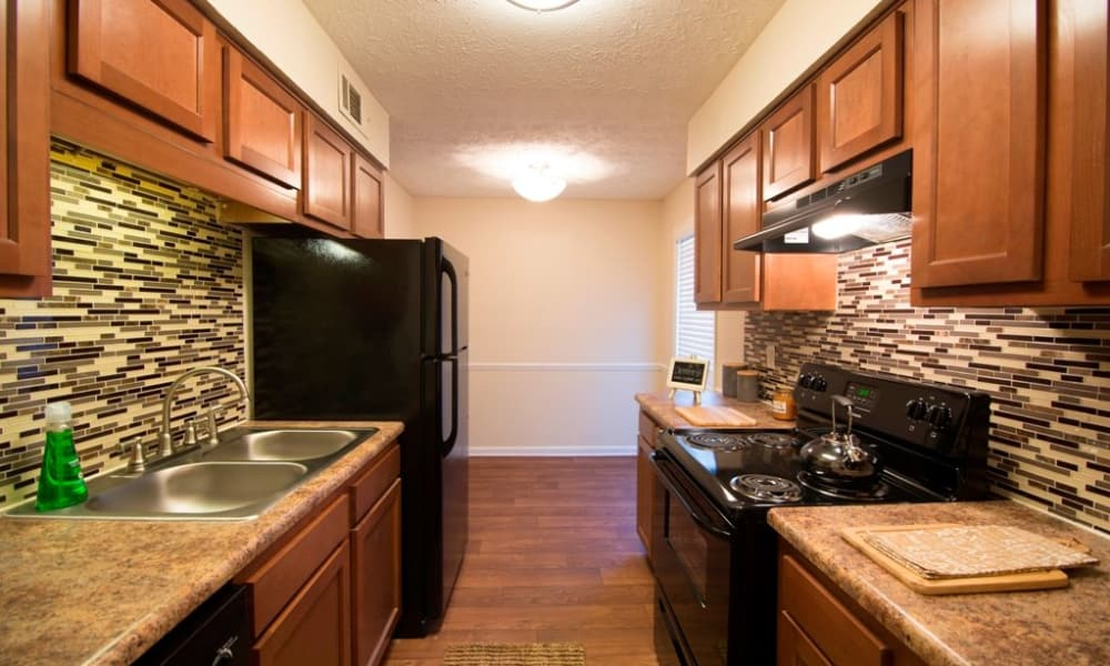 State-of-the-art kitchen at townhomes in Smyrna, GA