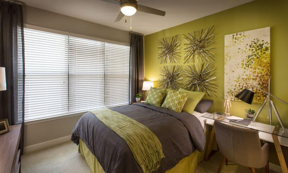 Reserve Decatur guest bedroom in Decatur