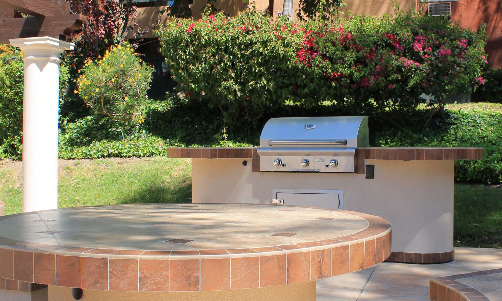 Brookhollow Apartments offers a spacious bbq area in West Covina, California