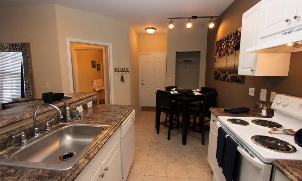 Dining room and kitchen at Palms at Wyndtree