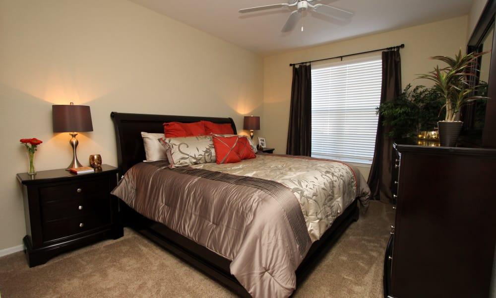 Quaint master bedroom at Palms at Wyndtree
