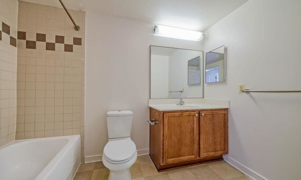 The Overlook at Oxon Run offers a beautiful bathroom in Washington, District of Columbia