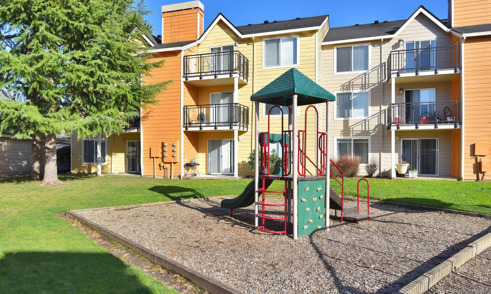 Playground at Preserve at Sunnyside Apartments in Clackamas, Oregon