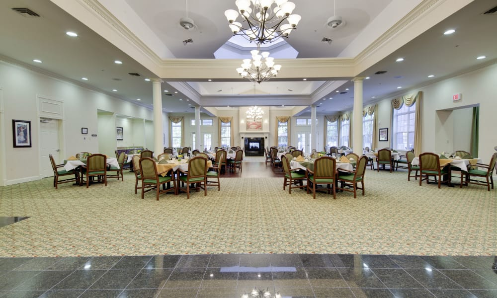 Main dining hall at Waltonwood Cary Parkway