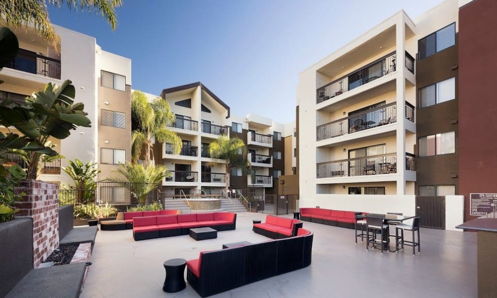 Outdoor couches at 15Fifty5 Apartments in Walnut Creek