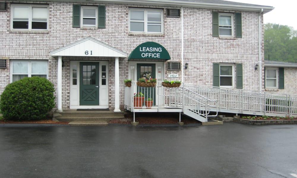 Van Deene Manor leasing office in West Springfield
