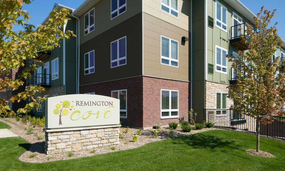 Monument Sign 1 at Remington Cove Apartments in Apple Valley