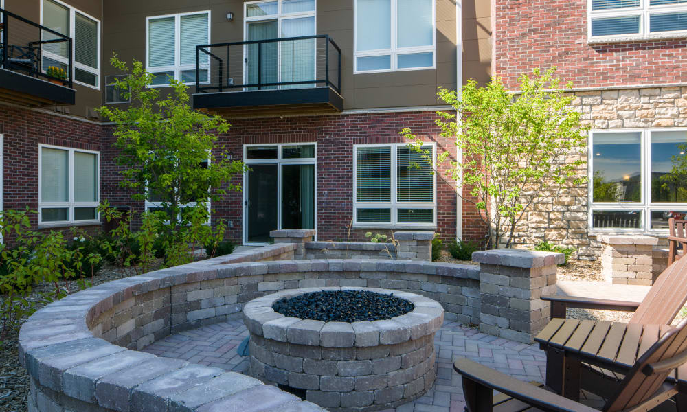 Courtyard Fire Pit at Remington Cove Apartments in Apple Valley