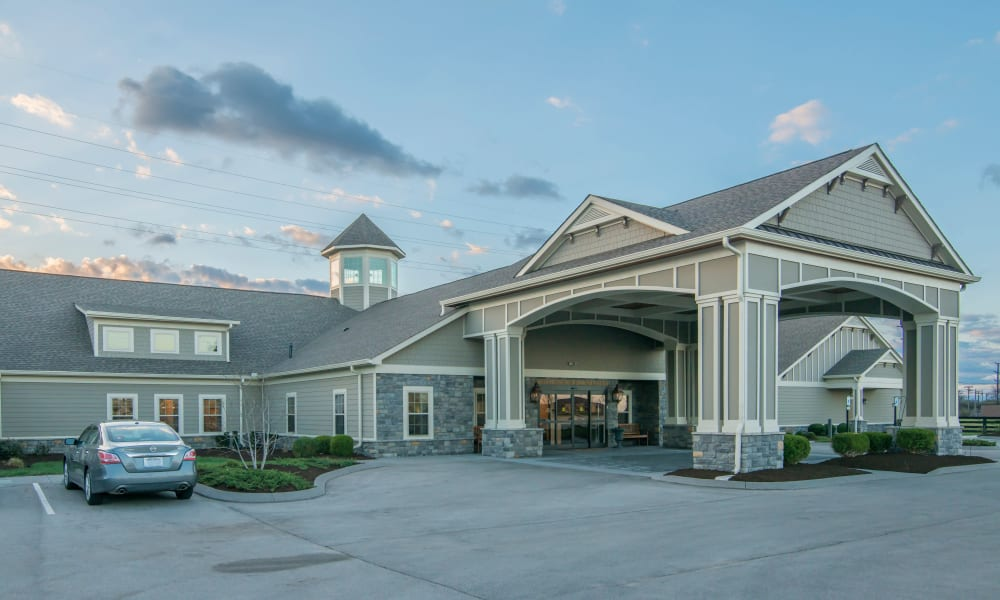 Drive up to The Lantern at Morning Pointe Alzheimer's Center of Excellence