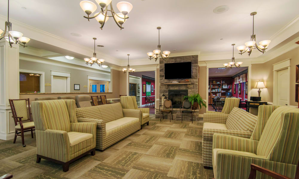 Reading room in The Lantern at Morning Pointe Alzheimer's Center of Excellence