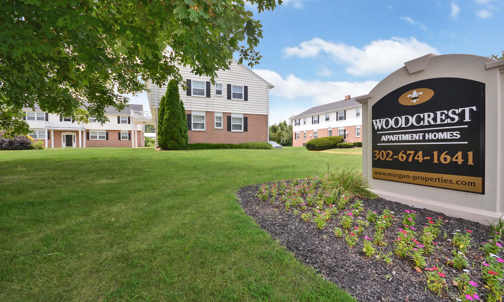 Entrance Monument at Woodcrest Arms Apartment Homes in Dover, DE