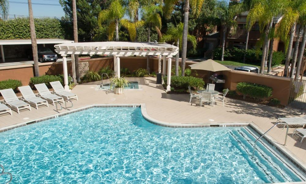 Seapointe Villas poolside in Costa Mesa