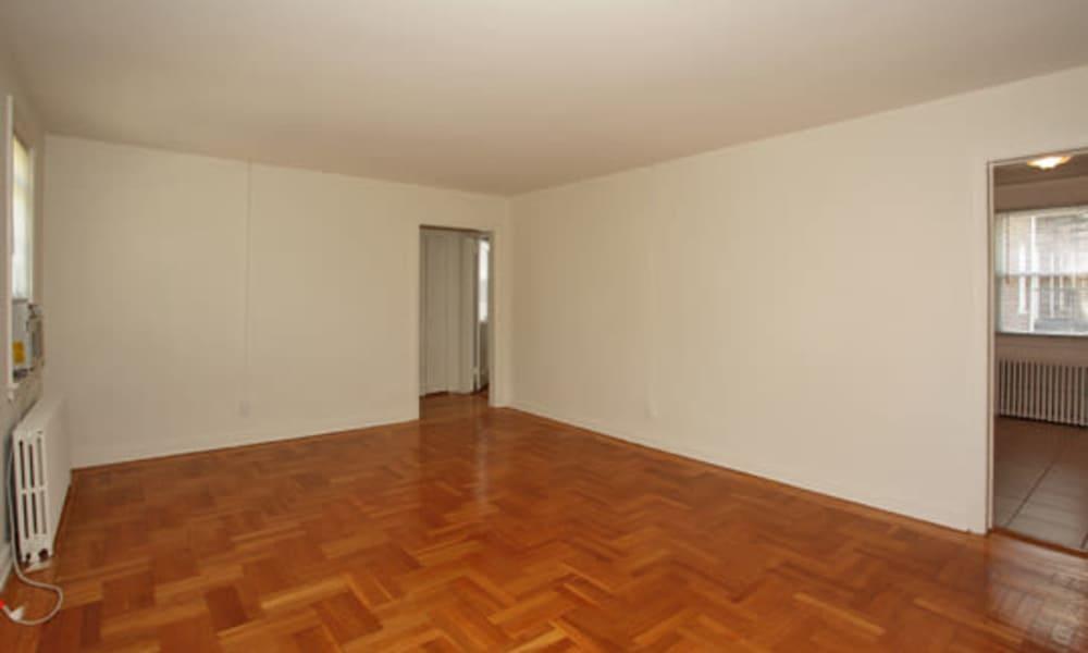 Beautiful apartments with hardwood floors in Highland Park, NJ
