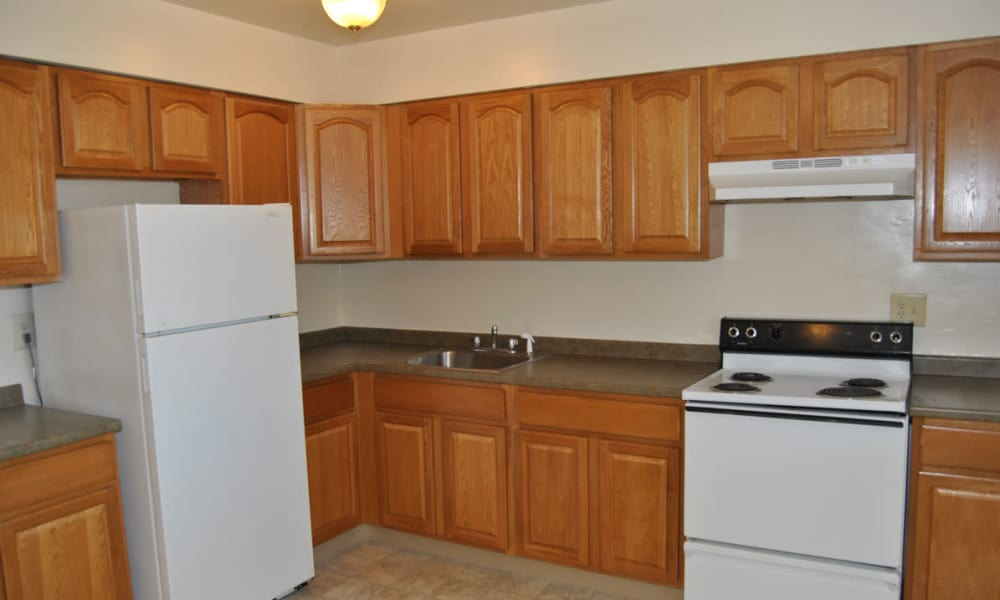Edgewater Gardens Apartment Homes offers a kitchen in Long Branch, NJ
