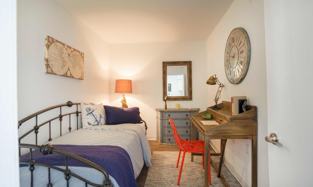 Guest bedroom at Ocean Walk Apartments in Key West