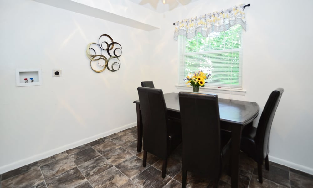 Dining room at The Fairways Apartment Homes in Blackwood, NJ