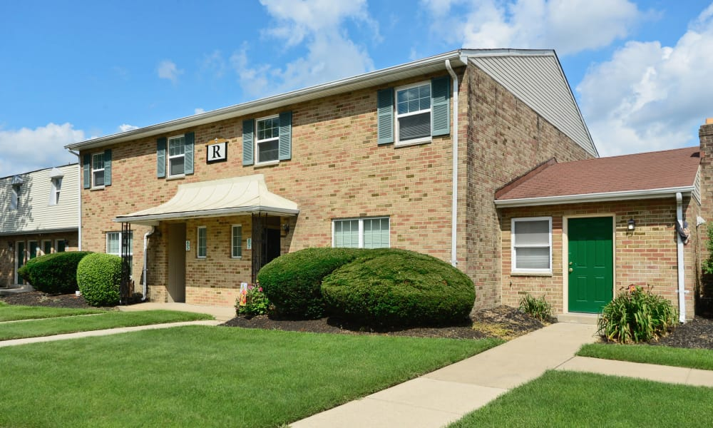 The Fairways Apartment Homes offers a patio in Blackwood, NJ