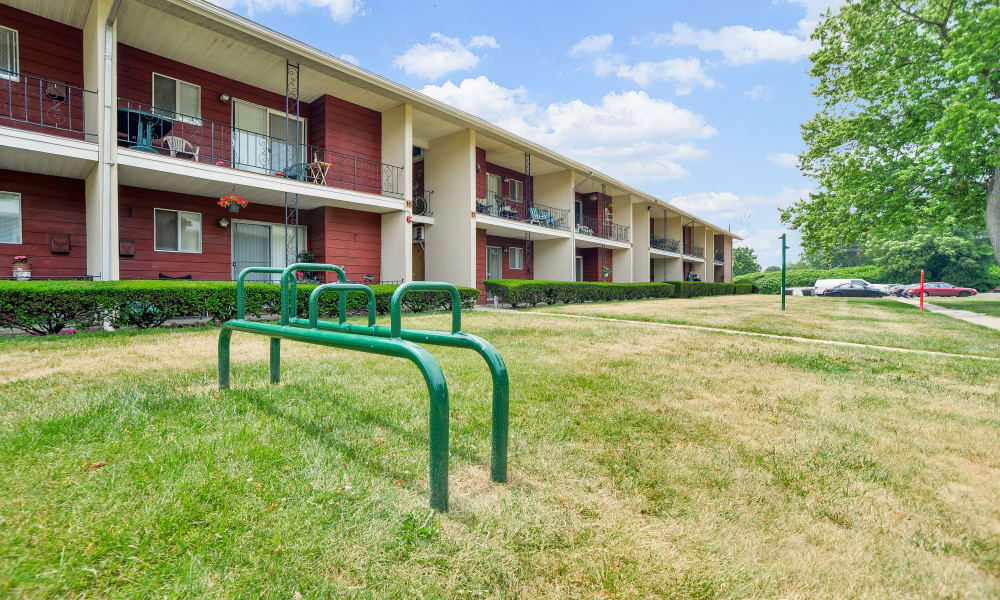 Outdoor Fitness Equipment at Edgewater Gardens Apartment Homes