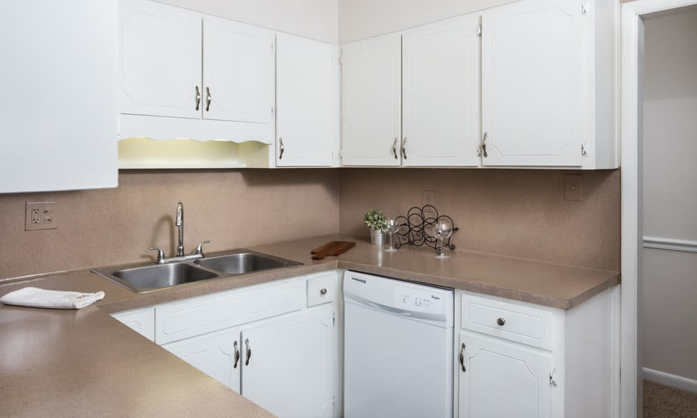 Our apartments in Vestavia, Alabama offer a kitchen