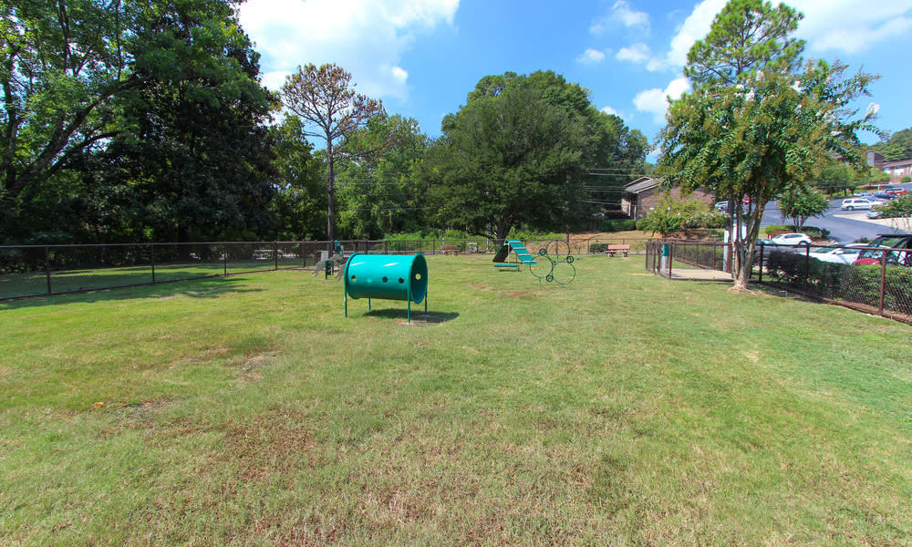Rollingwood offers a dog park in Vestavia, Alabama
