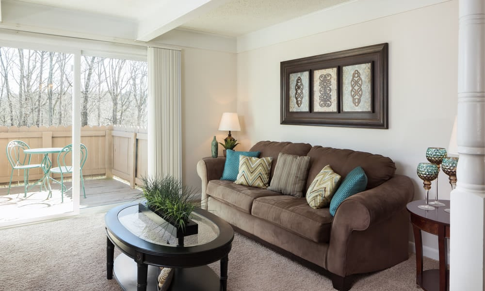 Beautiful living room at Rollingwood in Vestavia, Alabama