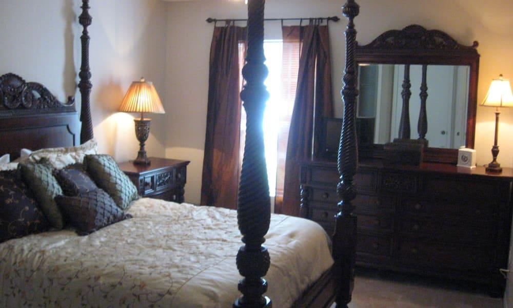 Modern bedroom at Walker Woods in Vero Beach, Florida