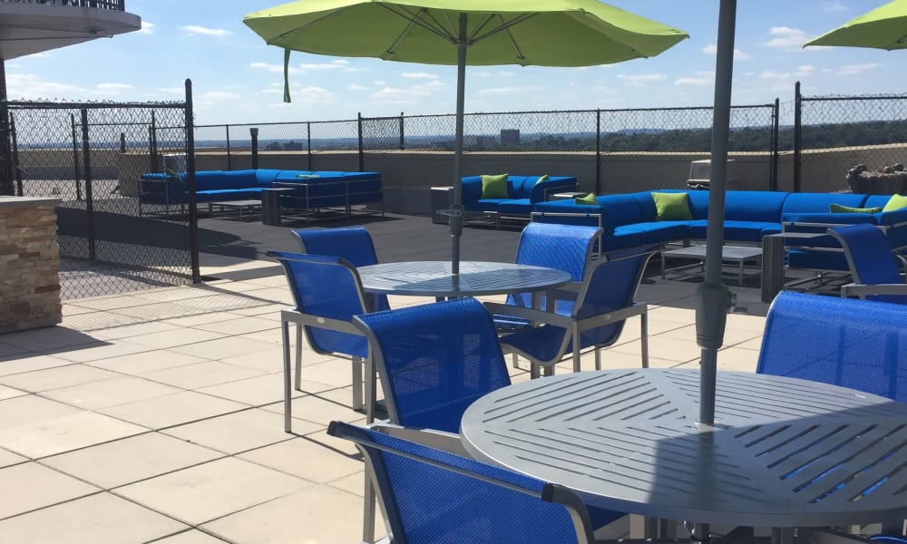 rooftop tables and chairs at The Carlyle Apartments in Baltimore, MD